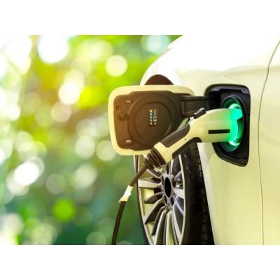 Новая батарея для электрокаров обещает запас хода в 2000 км