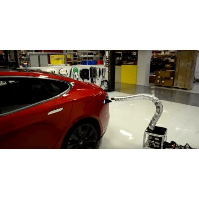 Илон Маск: Tesla не забросила идею роботизированной зарядки в ви