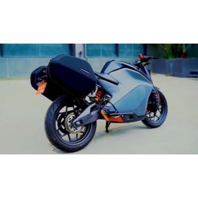 Электрический мотоцикл Ultraviolette F77 - первый тестовый запус