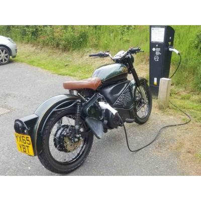 Классический электромотоцикл Royal Enfield в современном исполне