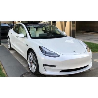 Первым оснастят «бесконечным» аккумулятором автомобиль Tesla 3